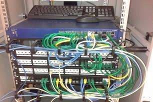 Zapojený rack