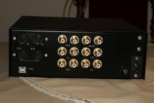 Vstupní expander a tónový korektor BAXI 02